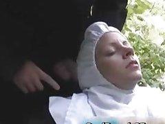 Распутная французская монахиня трахнулась вне дома