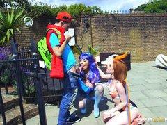 Шлюхи покемоны отсасывают у парня на террасе